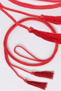 Cíngulo – borlas rojas