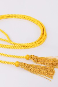 Cíngulo – borlas amarillas