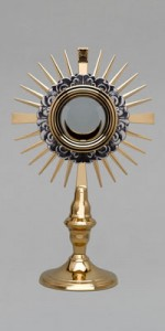 Custodias (ostensorios) - Objetos litúrgicos - IndumentariaLiturgica.es