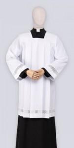 Roquetes para sacerdotes - IndumentariaLiturgica.es